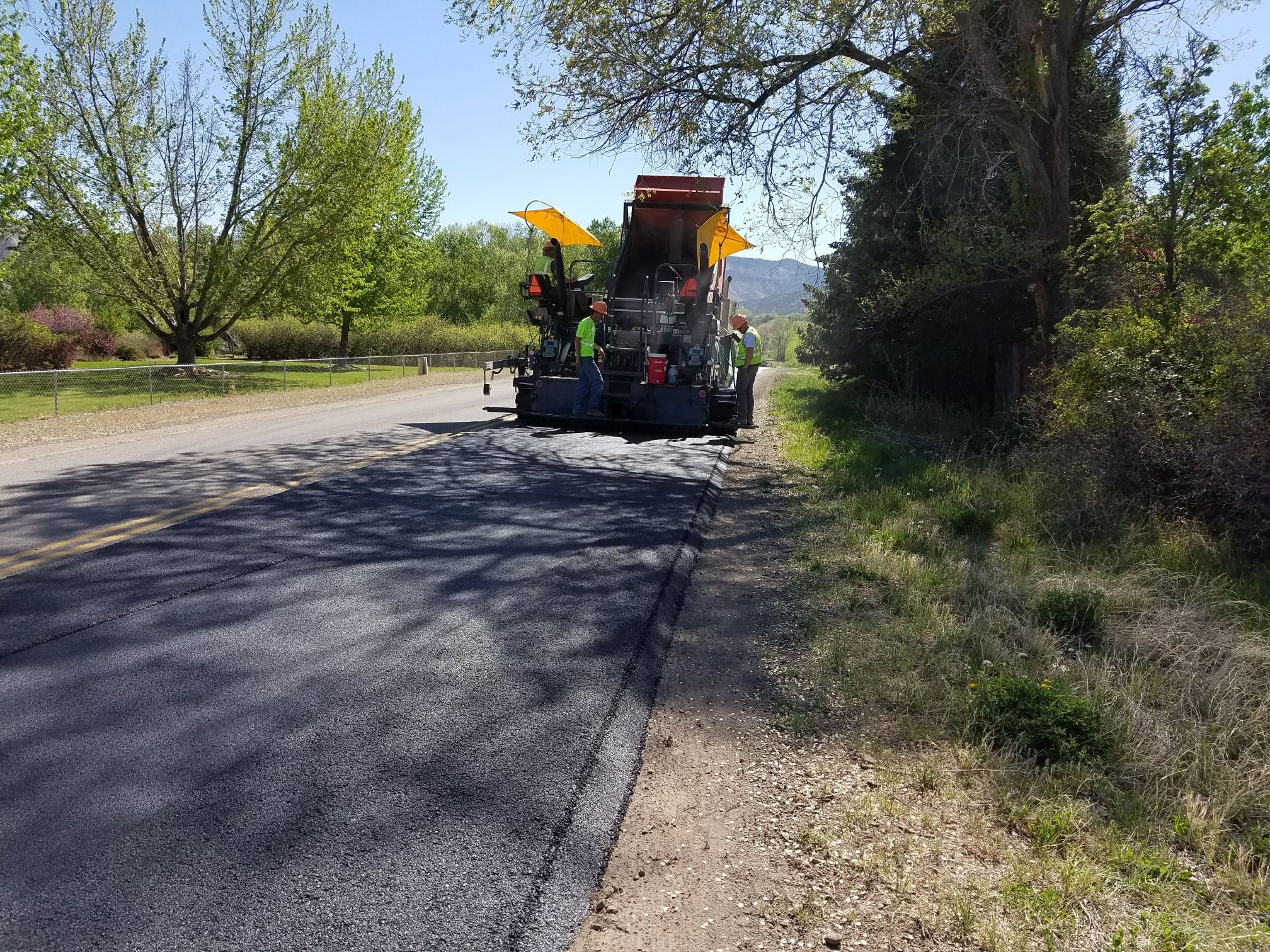 Uncompahgre Rd paving P2