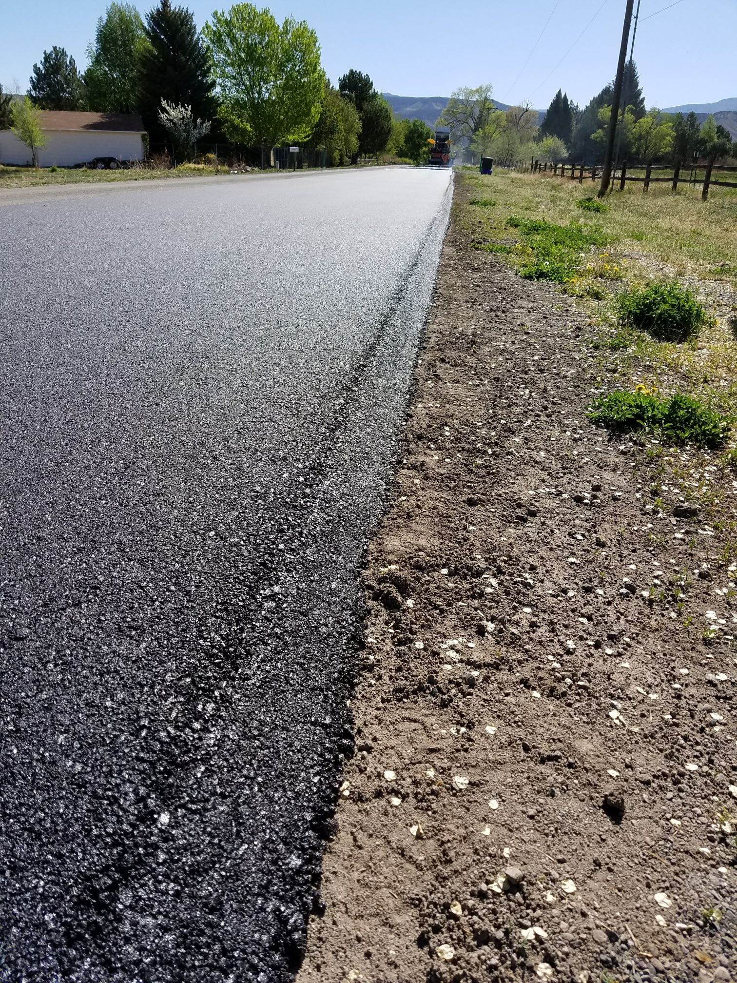 Uncompahgre Rd paving P4